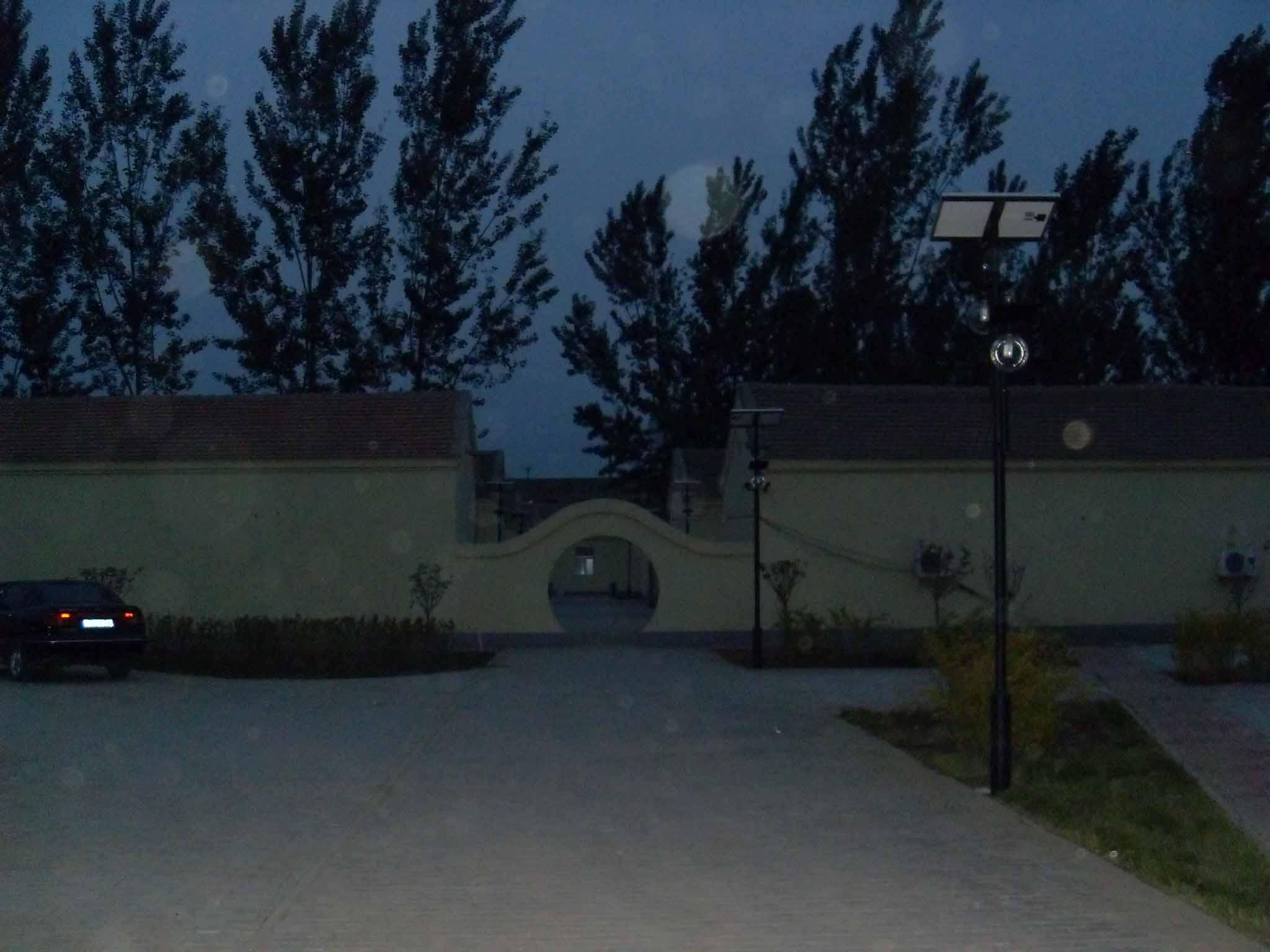 廊坊固安县牛驼镇园区太阳能庭院灯工程