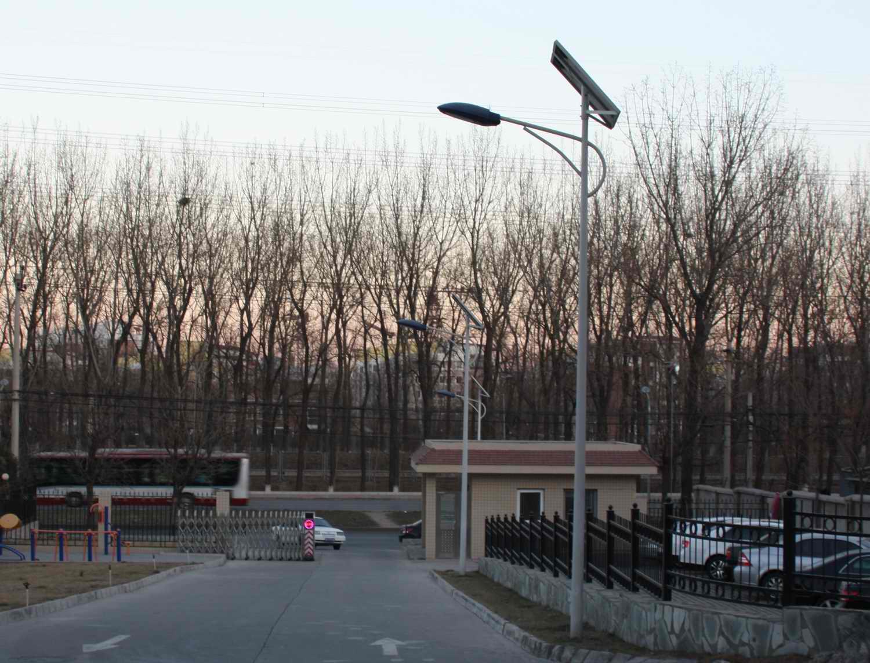 309医院太阳能路灯工程