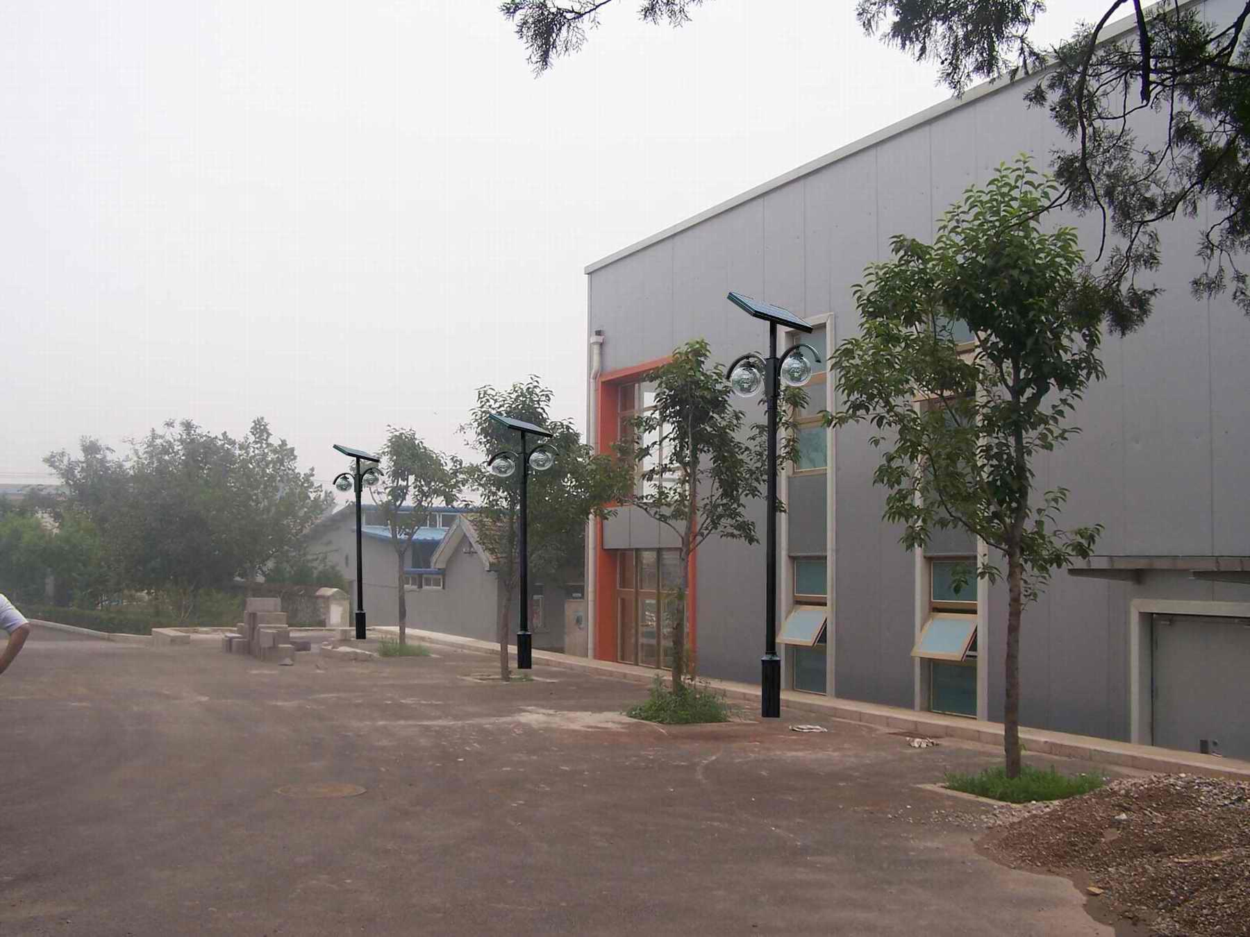 中国地震局太阳能庭院灯工程