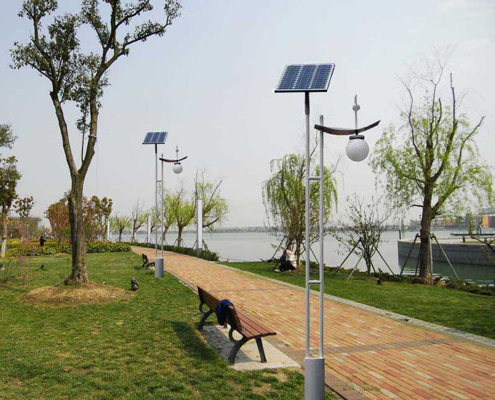 太阳能庭院灯QN-B01
