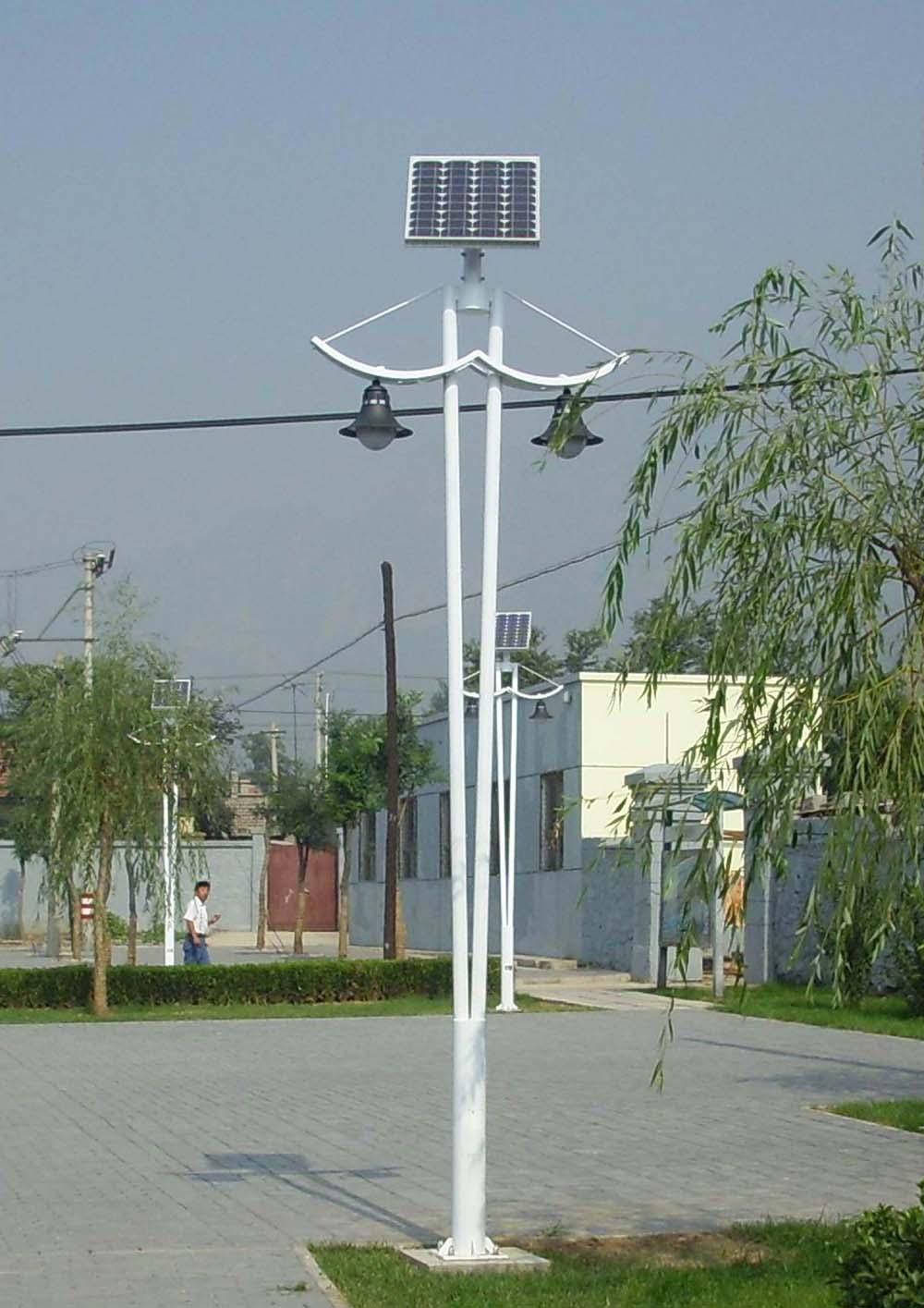太阳能庭院灯QN-B23