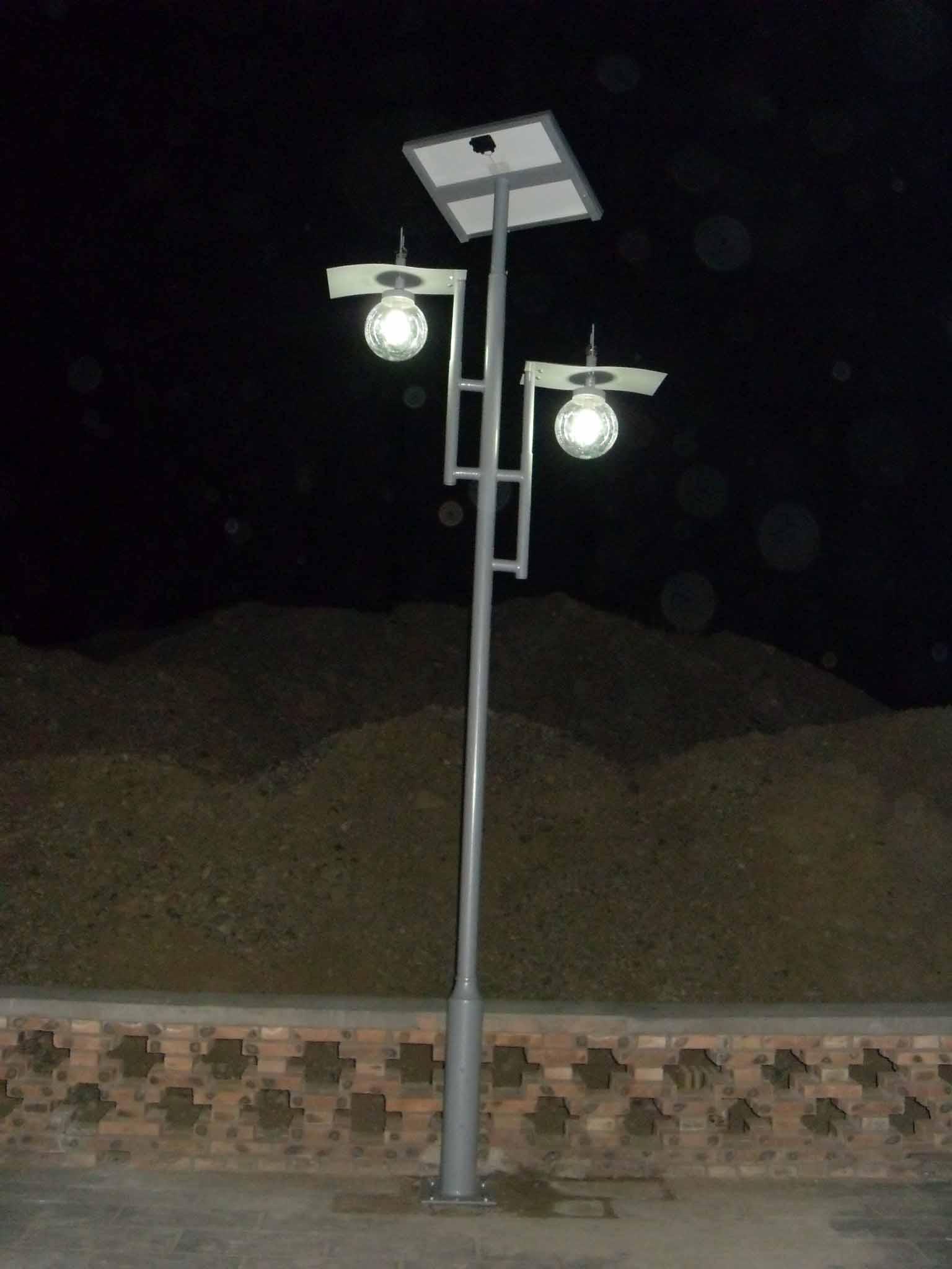 大兴庞各庄太阳能庭院灯工程