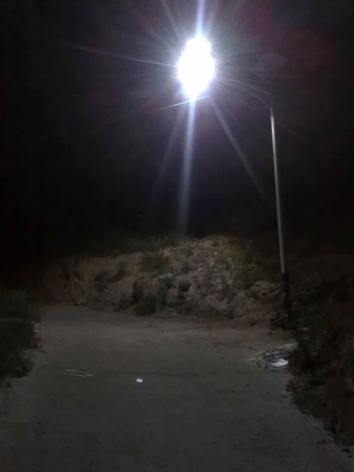 山西柳林县山区太阳能路灯工程
