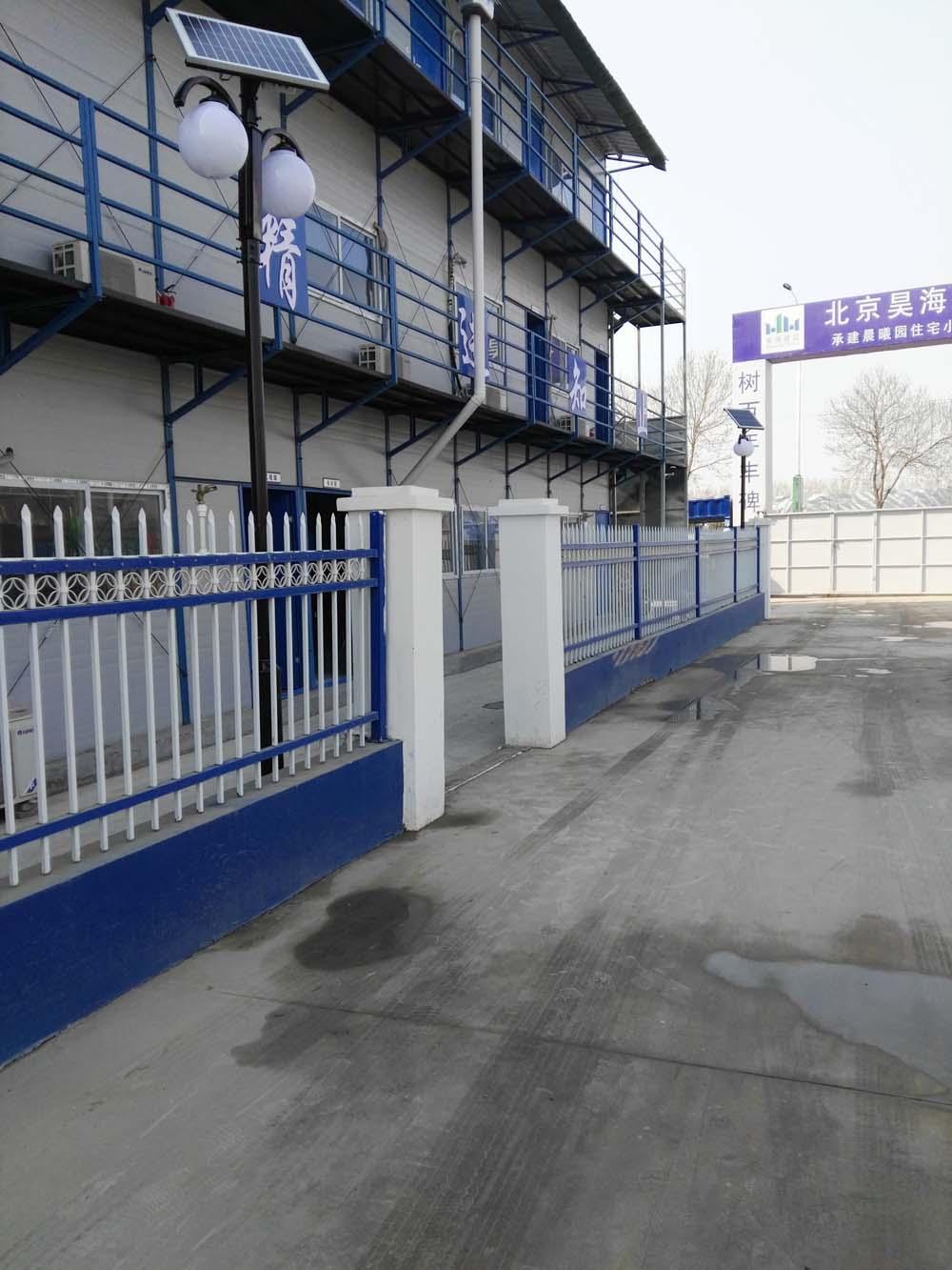北京昊海建设大厂孔雀城庭太阳能院灯安装完成