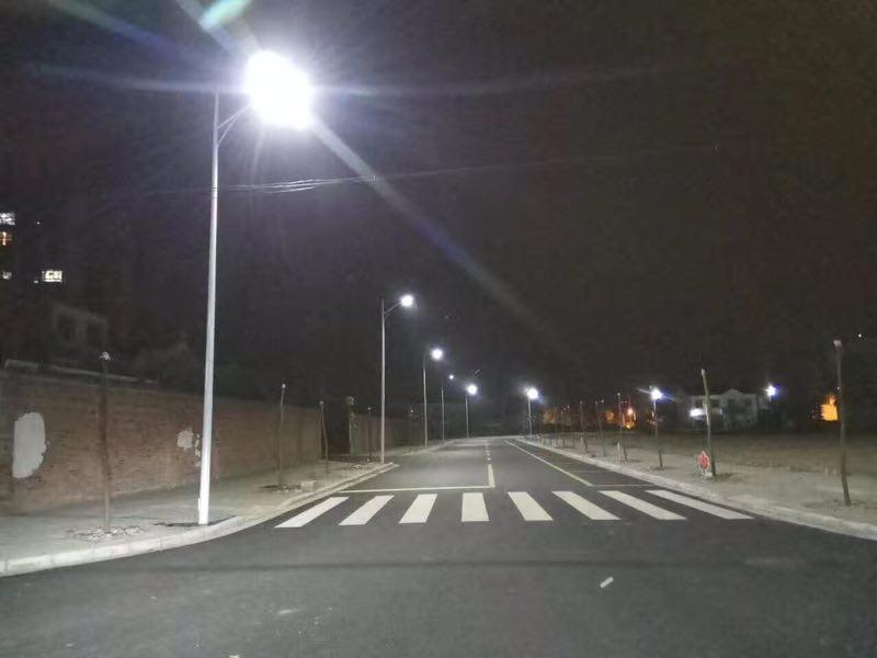 特价LED路灯,性价比超乎您的想象!
