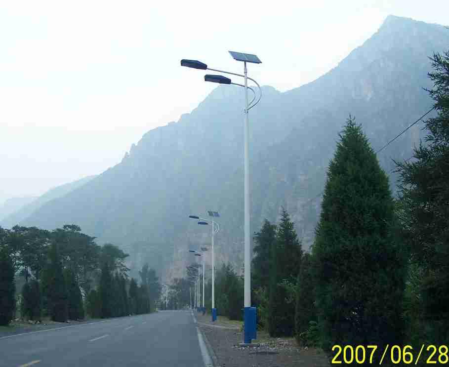 湖南农村太阳能路灯腐败牵出400余人近两千盏不亮